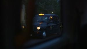 London-cab-at-night1