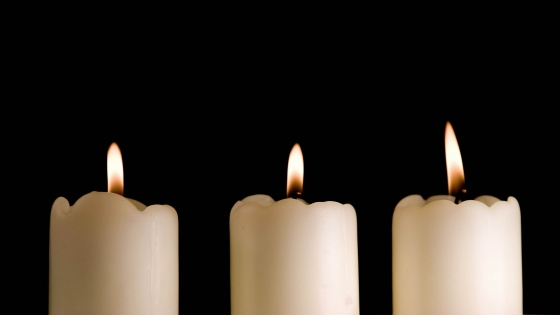 candles_lights_black_background_three_80670_3840x2160