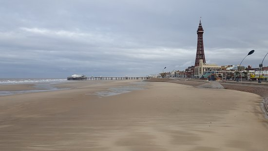 blackpool-beach-tower.jpg